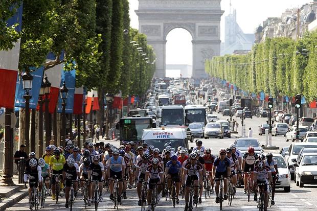 The Champs-Élysées finish of the London to Paris ride