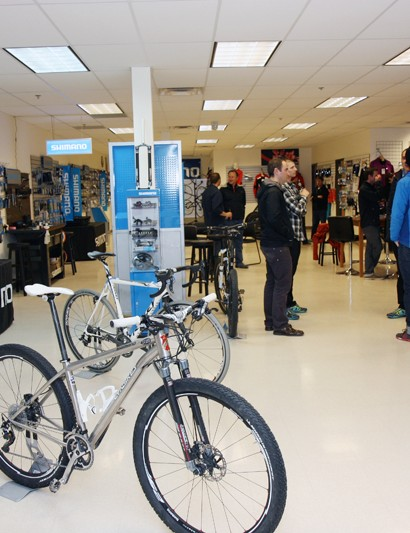 Shimano and Pearl Izumi's new Education Center in Boulder, Colorado occupies roughly 3000 sq m (32,000 sq ft) of space across from the Valmont Bike Park