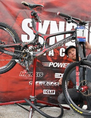 The Syndicate is the only DH team to have won a World Cup race on carbon wheels