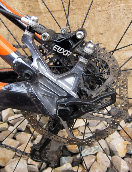 The machined aluminum dropouts on the new Kona Hei Hei 29 Supreme features post mount brake tabs