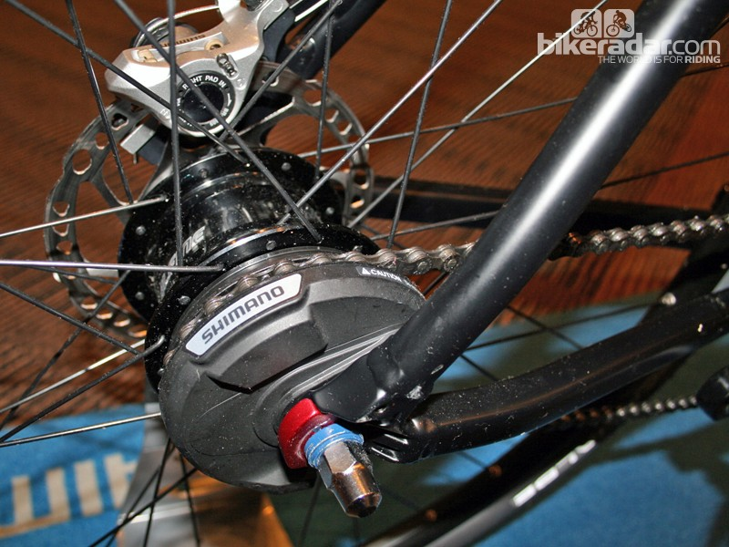 Shimano's Alfine hub gears will soon be available with electronic shifting