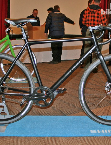 This bike is outfitted with a complete Shimano Alfine Di2 transmission; a flat bar shifter is available if preferred