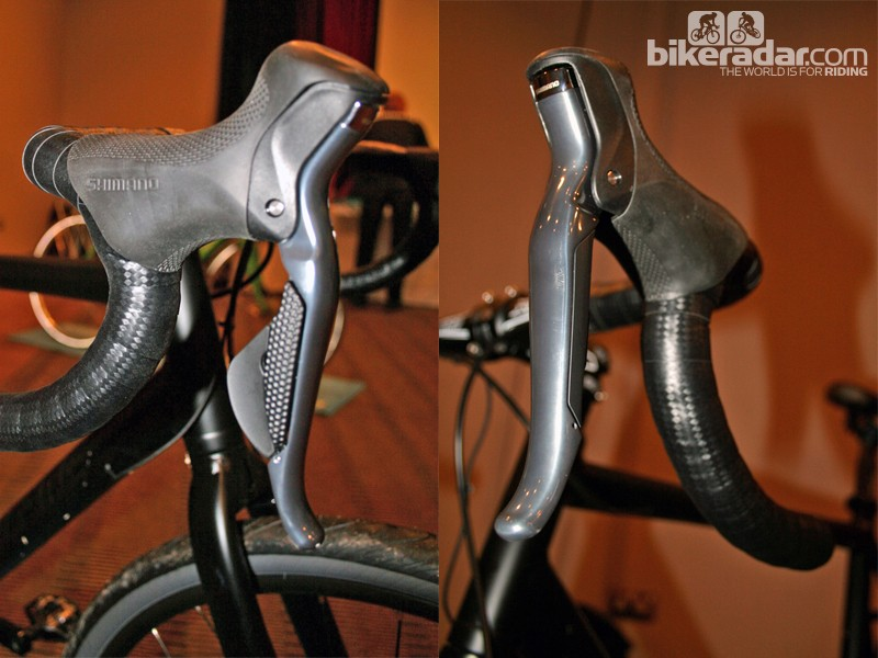 With Shimano Alfine Di2 there's no front mech so the right-hand lever (ST-S705-R) has a shift paddle but the left-hand lever (BR-S705-L) handles braking duties only