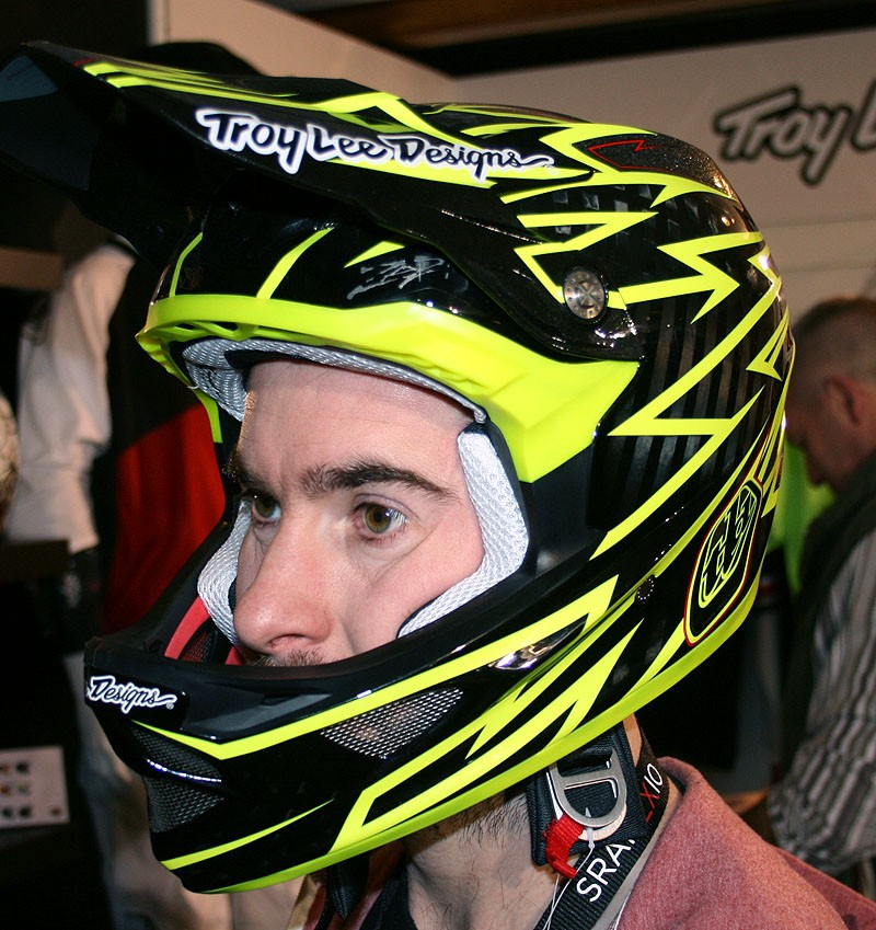 Troy Lee D3 Zap Yellow helmet