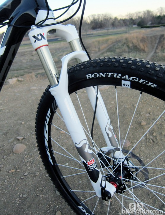 Suspension action from the 100mm-travel RockShox SID XX 29 fork is smooth and appropriately progressive. We ended up using 5psi more negative pressure than positive to maximize small bump sensitivity