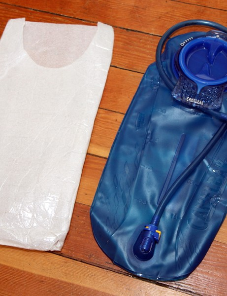 The closed-cell foam sleeve adds virtually no weight - 24g as shown here - and is very simple and cheap to make.