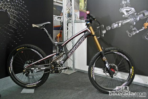 Steve Peat's 2012 Santa Cruz V-10 Carbon