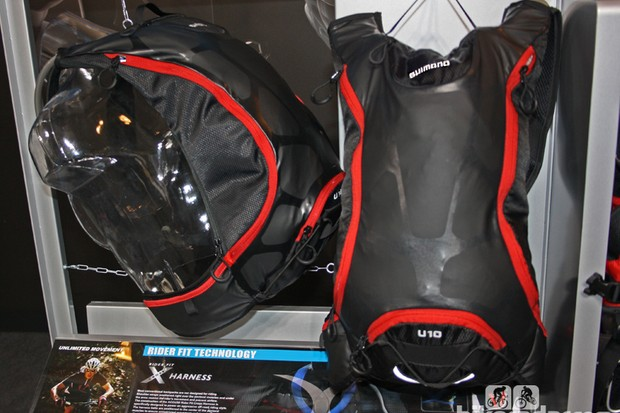 Shimano have unveiled a new range of cycling bags. This is the ACCU3D UNZEN hydration pack