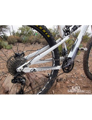 Kona stick to their tried-and-true faux-bar single pivot suspension design for the new Satori