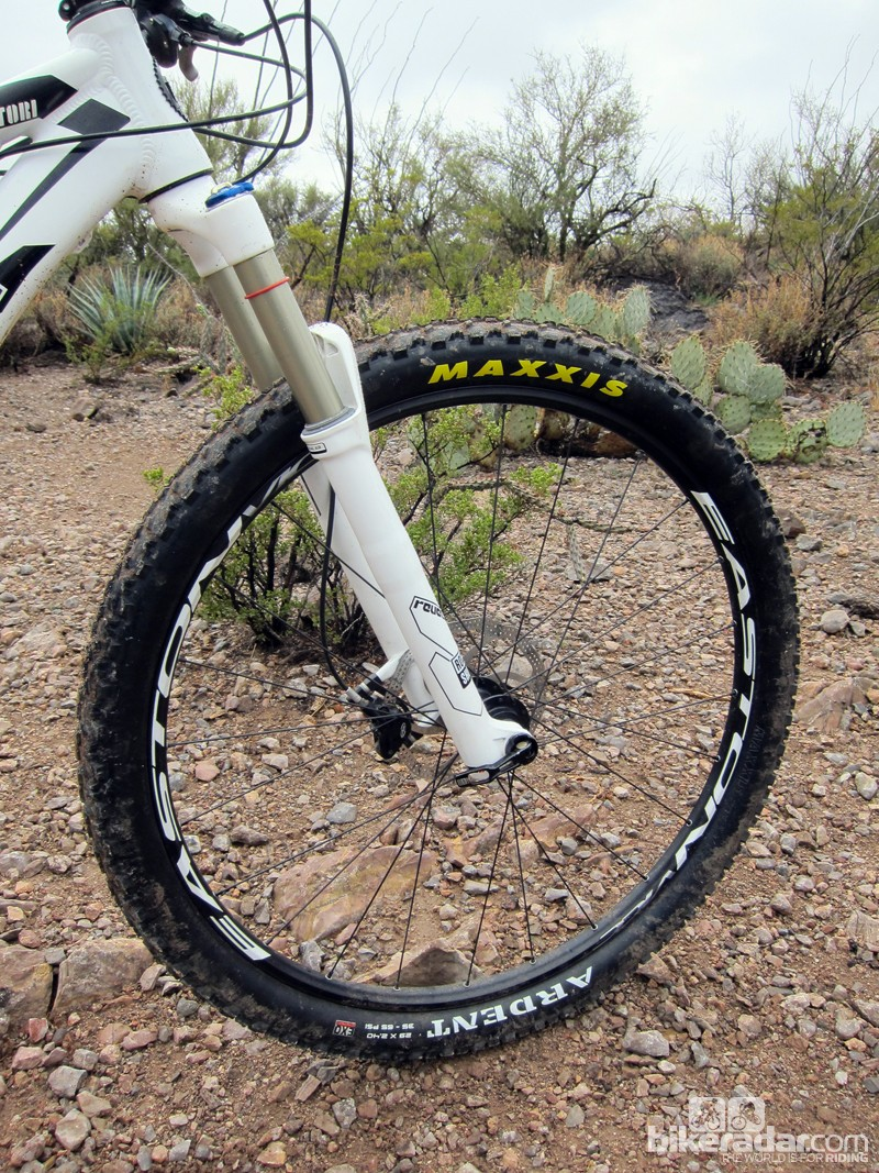 The Easton Vice 29er wheels are built with wide rims for extra stiffness and volume but they're not particularly light at a little over 2kg per set