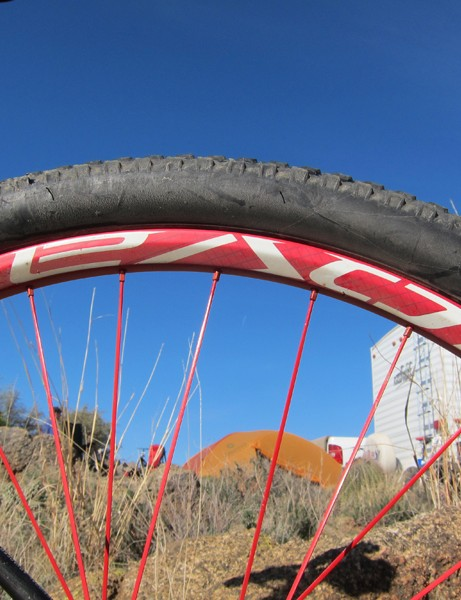 Claimed weight on the Specialized Roval Control Trail SL 29 wheels is just 1,530g, thanks in part to carbon fiber rims
