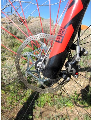 Rusch pairs the Avid XX World Cup brake calipers with a 160mm rotor up front and a 140mm out back