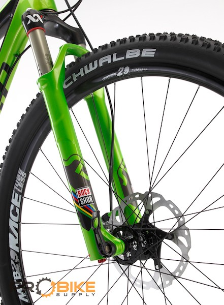 The custom matched RockShox SID 29 World Cup XX fork
