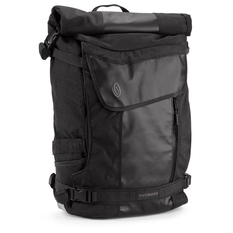 The Timbuk2 Especial Tres uses a rolltop design to help keep out water