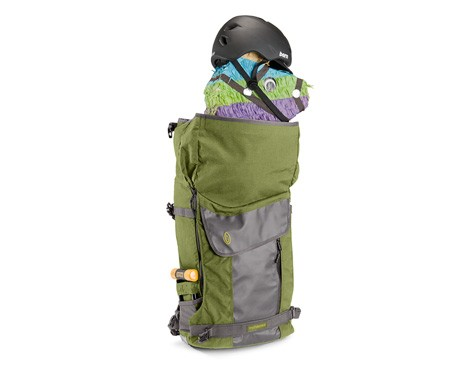 The Timbuk2 Especial Tres has an official capacity of about 30 liters