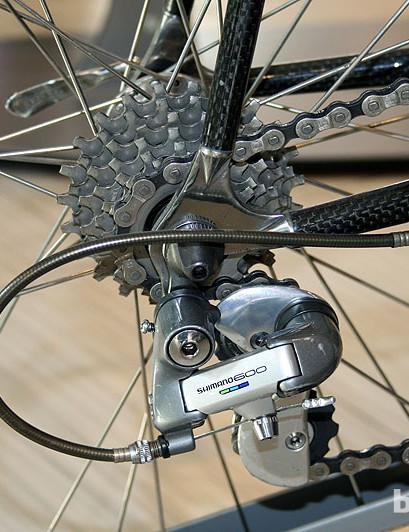 Shimano 600 groupset was second to top Shimano groupset in the early 90s, equivalent to Ultegra of today