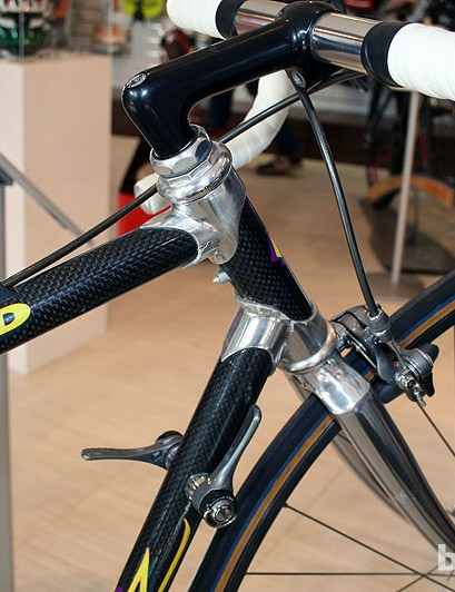Lugged carbon frames are a thing of the distant past