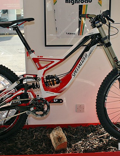 At £5,000 all-in, here's the Demo 8 FSR II downhill bike