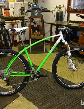 This Retrotec frame sports dual top tubes that transition into the seat stays