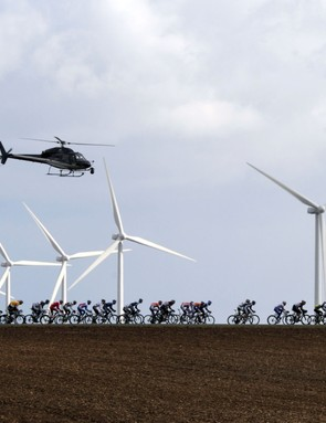 The peloton tilting at windmills during stage 2