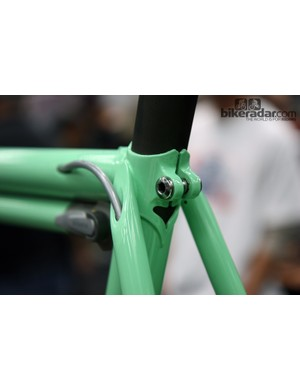 Nicely done rear brake routing on this Shamrock Cycles city bike
