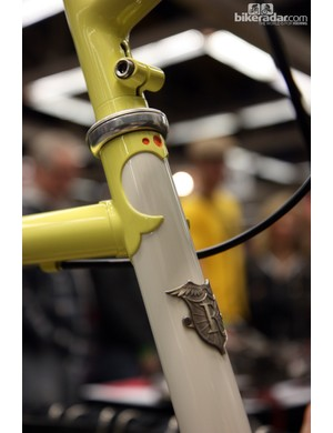 These little details would identify this bike as a Rebolledo even without the head tube badge