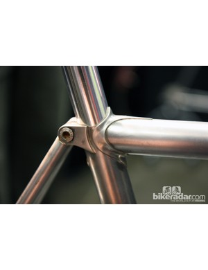 Winter Bicycles gave its stainless steel runabout a unique seat cluster treatment