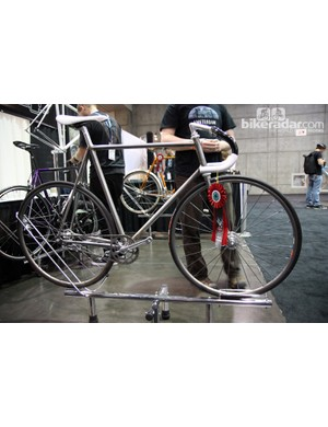 Bishop won yet another NAHBS award - for 'Best Steel Construction' - for this stunning track bike.
