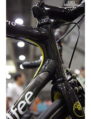 Calfee recently began offering this paint scheme, which highlights the uniquely webbed construction method.