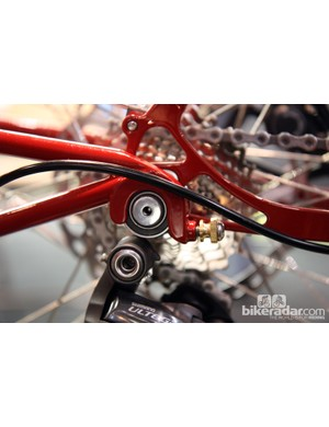 The clever hitch design on Ira Ryan's bike-and-trailer combo uses a simple and elegant method to connect the two.