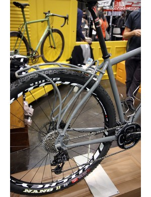 Note how the rack stays perfectly follow the curve of the seat stays on this Black Cat 29er.