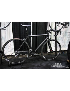 Nick Crumpton says this SL Road show bike weighs in at just 666g for the bare frame and just over 4.1kg (9.0lb) for the complete machine as shown (without pedals)