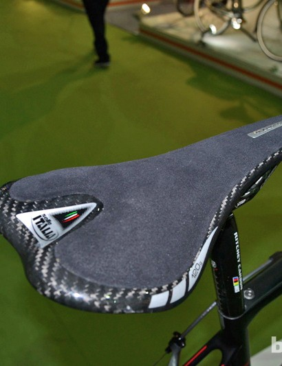Selle Italia Teknologica saddle on the NeilPryde BuraSL
