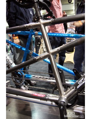 S&S couplers on this Santana Beyond tandem allow the bike to break down for travel