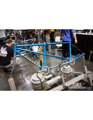 Santana displayed this test fixture to demonstrate the stiffness of their tandem chassis