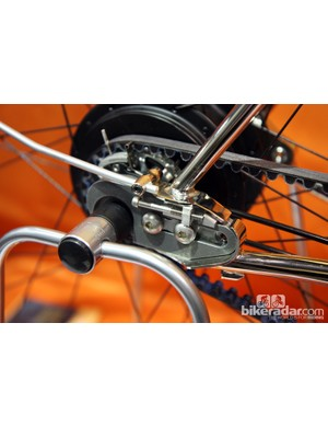 Here's Speedhound's convertible dropout in singlespeed form