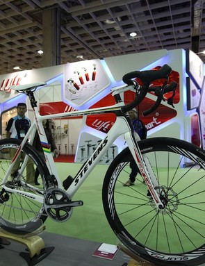 TRP used Stevens new disc road bikes (with 'cross forks) to show/launch Hywire