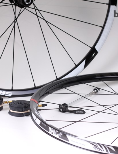 SRAM's new Rise 40 26in wheelset