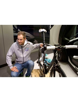 Tom Boonen poses with his Specialized Venge McLaren