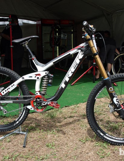 Trek World Racing downhill star Aaron Gwin is hoping for another incredible season this year aboard his Trek Session 9.9 carbon fiber downhill bike