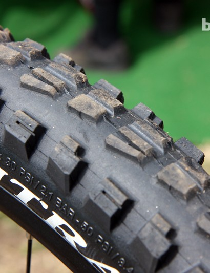 The center knobs are hand-clipped on Aaron Gwin's (Trek World Racing) Bontrager tires for more straight-line speed