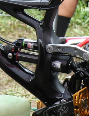 The latest BlackBox-edition RockShox Vivid Air rear shock features some new adjustments relative to the current model, including a dial on the end of the piggyback reservoir that presumably adjusts the internal volume