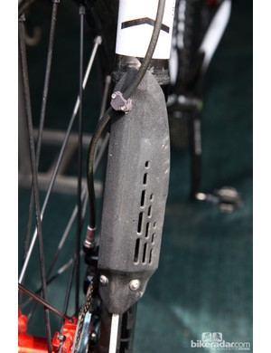 These new Lefty fork guards are clearly one-off prototypes but with the new seal head in place, Cannondale can finally run the forks without the accordion boot