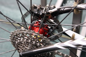A team mechanic has wrapped Cannondale Factory Racing rider Manuel Fumic's Mavic rear hub with zip ties - perhaps to quell some creaking with the early prototype samples?