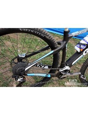 The rear end is fairly straightforward on Adam Craig's (Rabobank-Giant) Giant XtC Composite 29'er