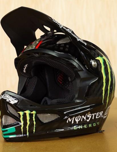 Cam Zink's new custom D3 helmet
