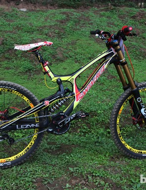 Cedric Gracia (CG Racing Brigade) scored a top-ten finish in Pietermaritzburg aboard this colorful Santa Cruz V-10 Carbon