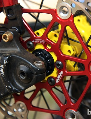 Most downhillers we saw in Pietermaritzburg used four bolts to attach the rotors