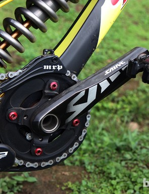 Cedric Gracia (CG Racing Bridage) pairs his Shimano Saint crank with an MRP G2 guide and Time pedals