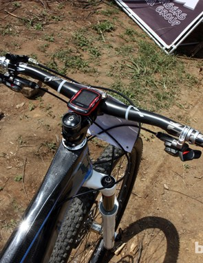 Kona privateer Spencer Paxson's setup is impressively versatile. Here, he's using Easton's tougher Haven Carbon bars instead of lighter-weight, less durable or narrower options